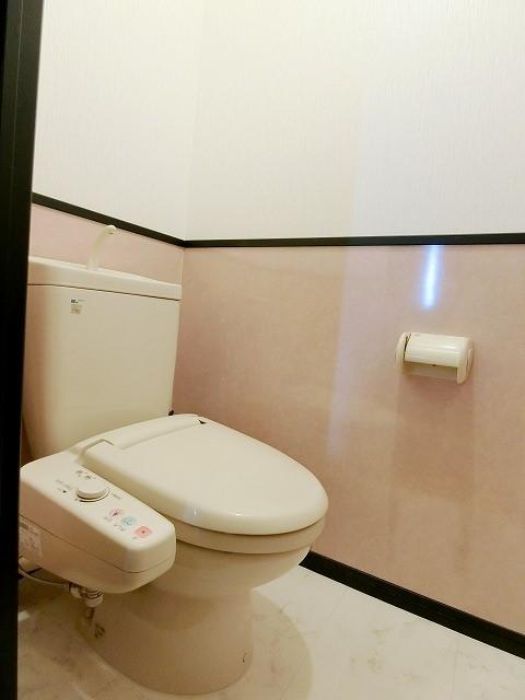 カウベルハウス / 202号室トイレ