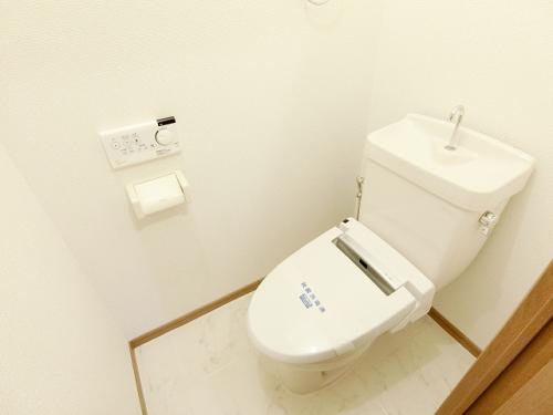 ティアラ長野 / 103号室トイレ