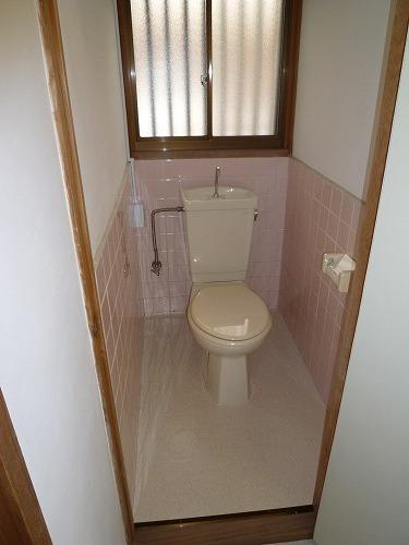 老司中村借家 / 12号室トイレ