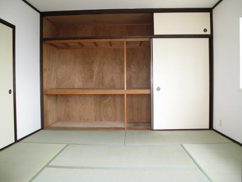 シャトレYK / 305号室和室