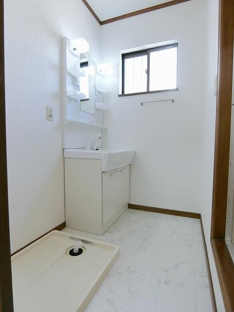 シャイニープラッツ(ペット可) / A202号室洗面所