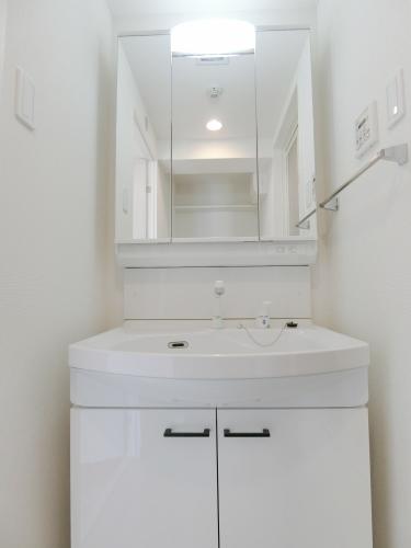 グラン ソレイユ / 205号室洗面所