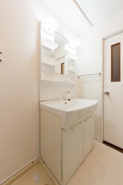 レジデンス一の谷 / 403号室洗面所