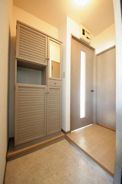 ティアラ老司南 / B-202号室玄関