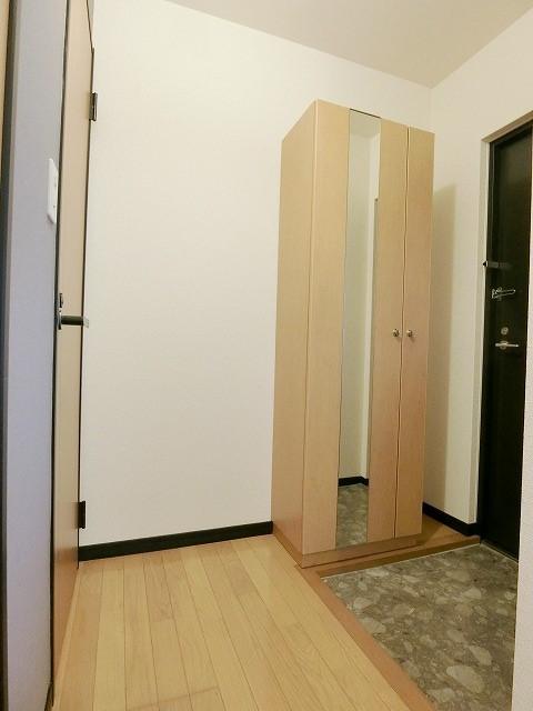 カウベルハウス / 202号室玄関