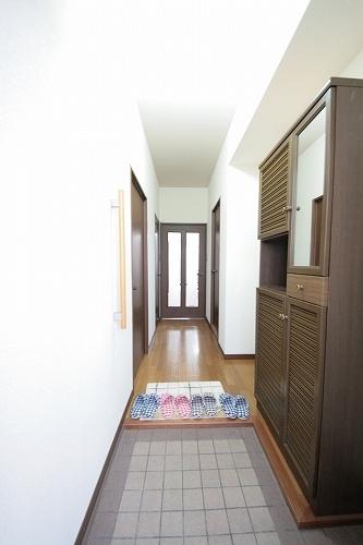 サンリバー博多南 / 702号室玄関