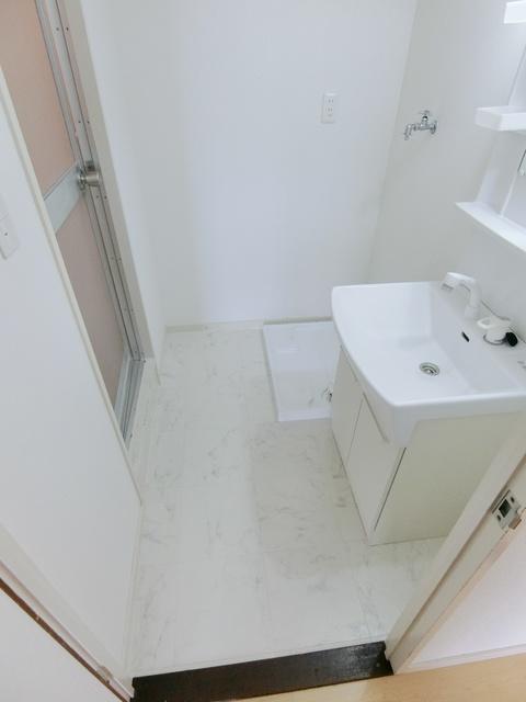 レジデンス一の谷 / 301号室洗面所