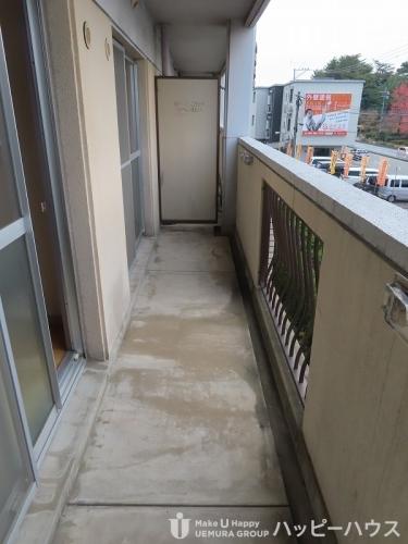 レークサイドパーク / 302号室玄関