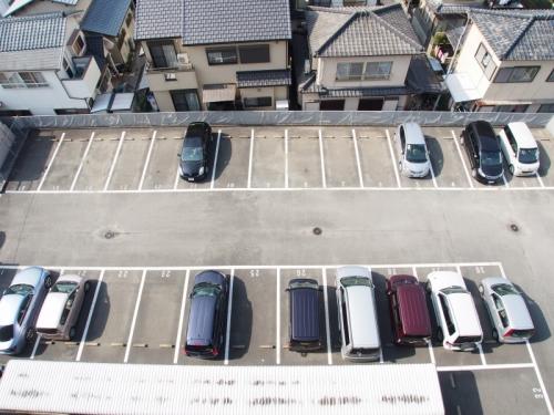 サンリバー博多南 / 402号室駐車場