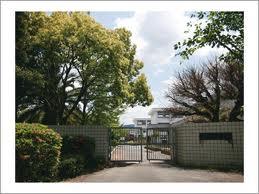 天神山小学校 徒歩3分 安心です