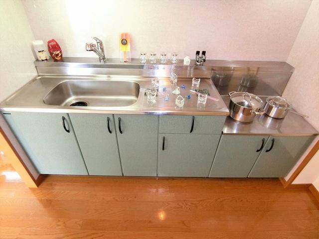 プレアデス小郡 / 401号室キッチン