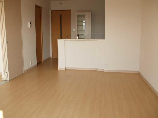 グランディア / 301号室リビング
