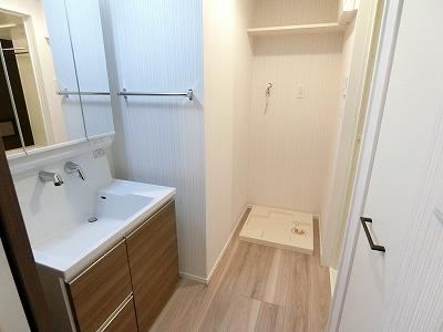 ウェスタ久留米けやき通り / 1-904号室洗面所