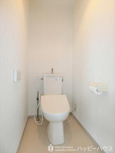 ラ・コートYT / 501号室トイレ