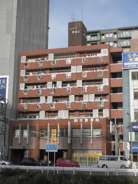 ハイツ草香江 / 303号室