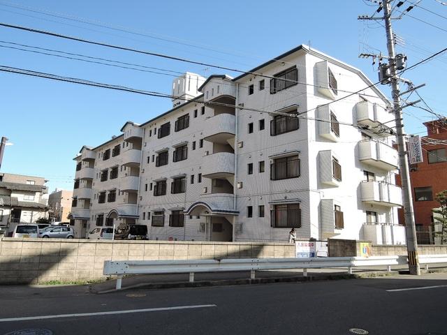 ロイヤルハウス天神 / 406号室