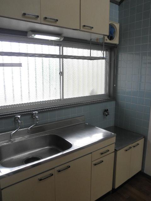サンライズ梅光園 / 205号室キッチン