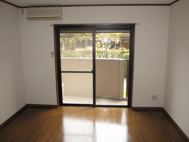 ライフコート篠原 / 306号室リビング