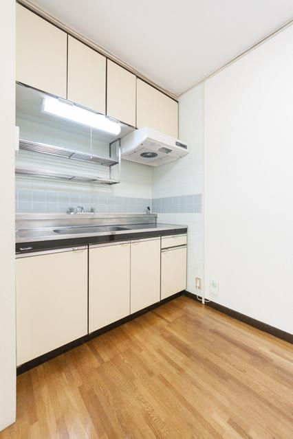 松田ハイツ / 405号室キッチン
