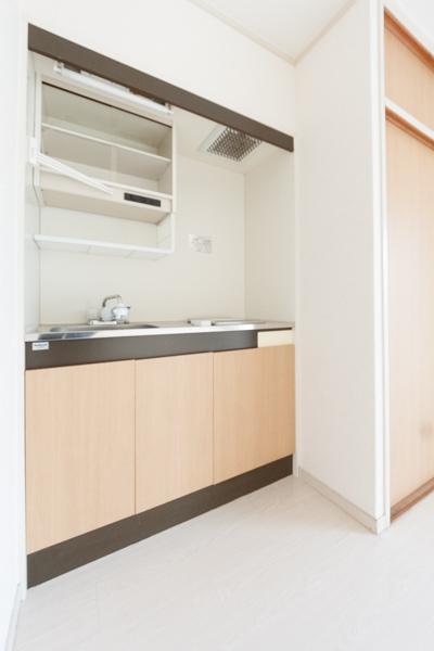 ラフォーレ四季 / R-10号室キッチン