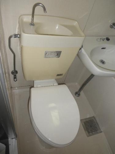 サンライズ梅光園 / 203号室トイレ