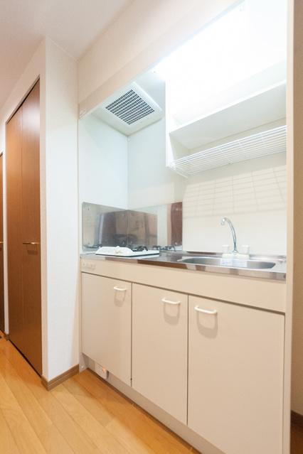 ワグキューブ / 202号室キッチン