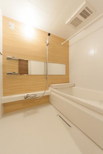 サンソレイユ紀文 / 303号室バス