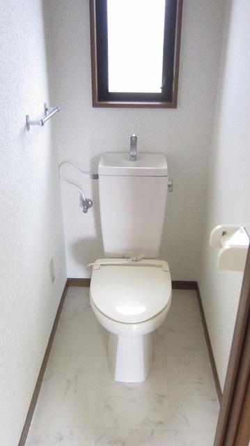 フローラ山本Ⅱ / 201号室トイレ