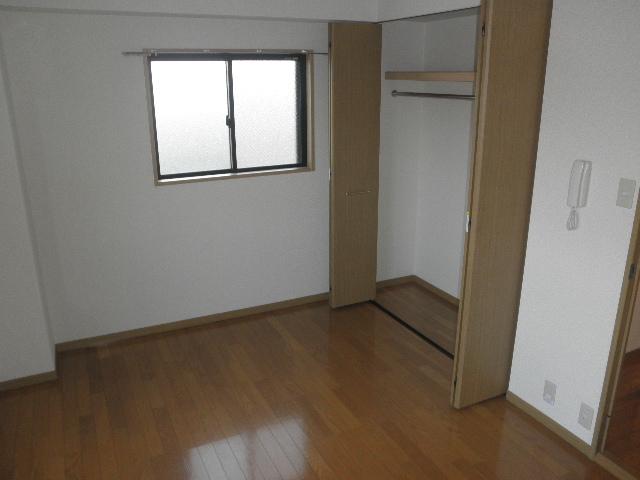 グレイス七隈 / 401号室エントランス