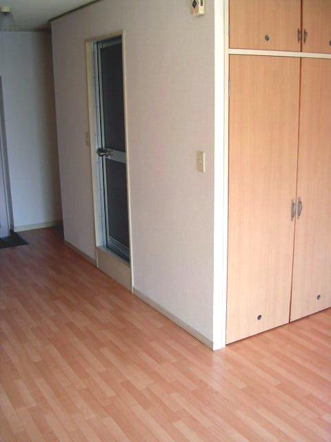 ラフォーレ四季 / R-11号室洋室