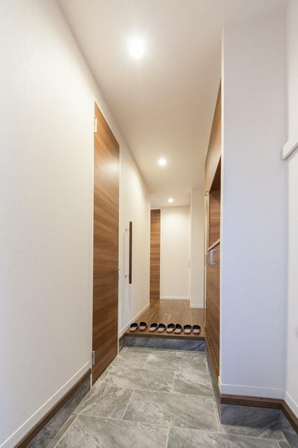 サンソレイユ紀文 / 402号室玄関