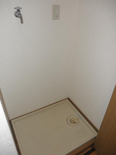 グレイス七隈 / 302号室庭