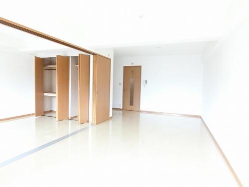 インレット平和 / 406号室リビング
