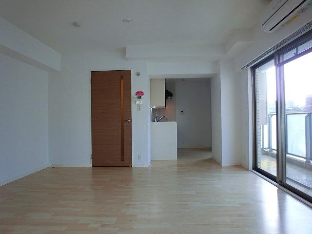 チュリスK1 / 503号室リビング