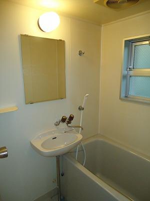 エクセレント岩瀬 / 105号室キッチン