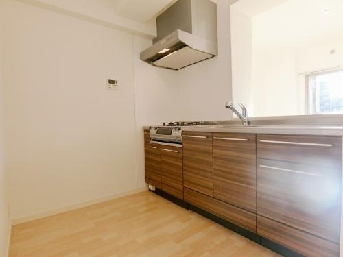 リバーサイド大濠 / 605号室キッチン