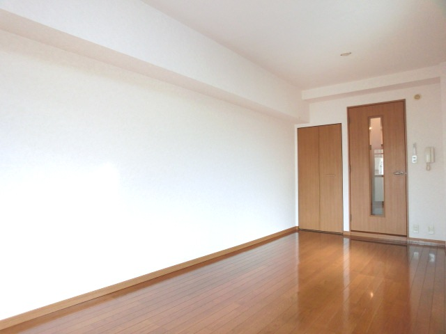 ハイム対馬小路 / 502号室