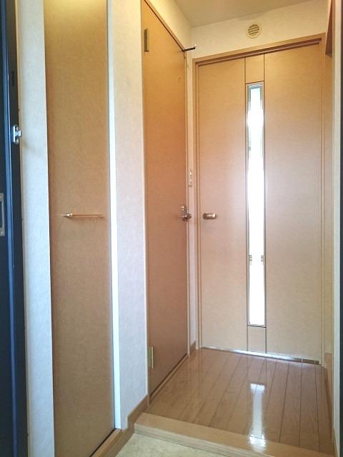 ローヤルマンション博多駅前 / 705号室玄関