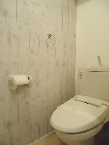 トラント・ドゥ博多 / 303号室トイレ