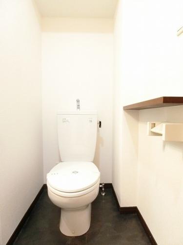 ローズモント・フレア博多駅前 / 402号室トイレ