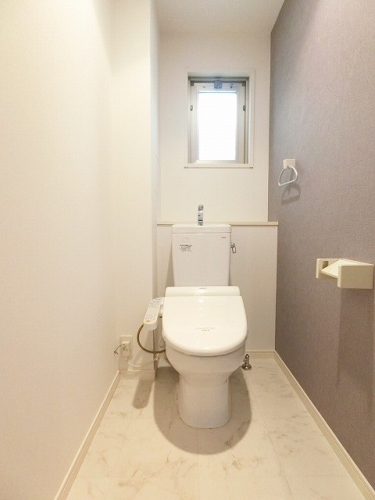 リバーサイド博多 / 401号室トイレ