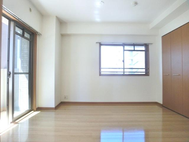 シティライフ博多駅南 / 401号室洋室
