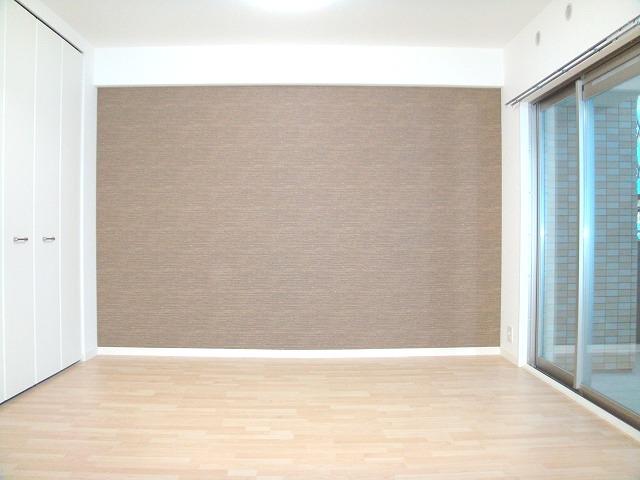 サンライズ・エイト / 401号室洋室