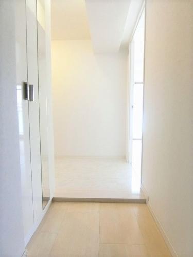チュリスK1 / 203号室玄関