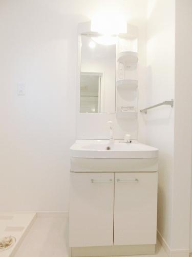 リバーサイド大濠 / 605号室洗面所