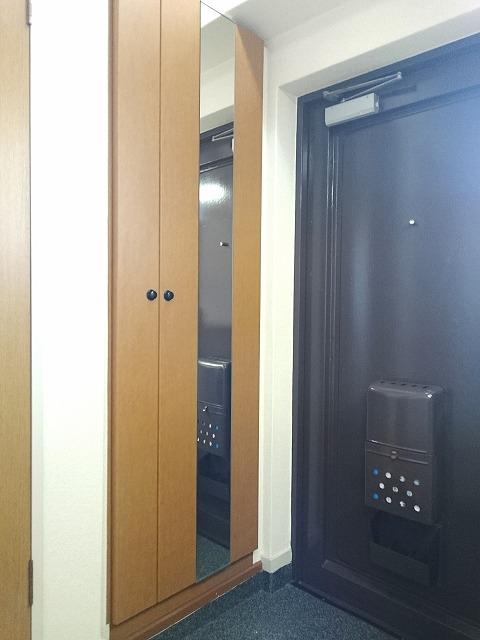 銀水ビル / 406号室玄関