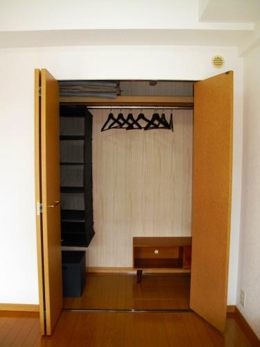 ローヤルマンション博多駅前 / 207号室収納
