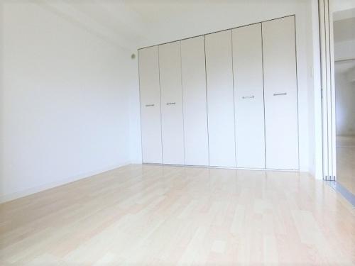 チュリスK1 / 302号室洋室