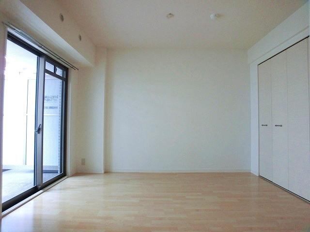 サン・ビオ渡辺通り / 402号室洋室