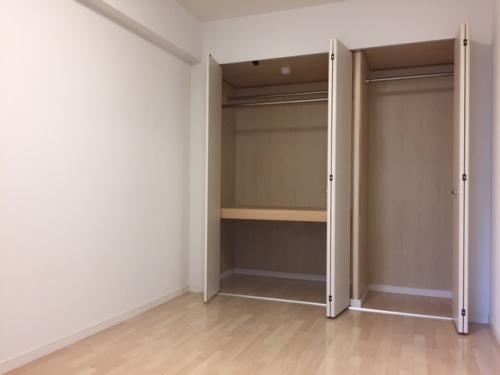 トラント・ドゥ博多 / 802号室収納